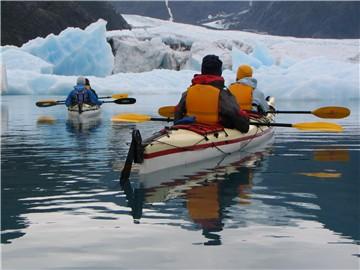 kayaking1.jpg --